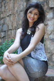 Tanvi Vyas New Pics_21