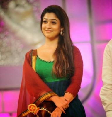 tamil actress nayanthara awrad function @ ActHost.Blogspot.com